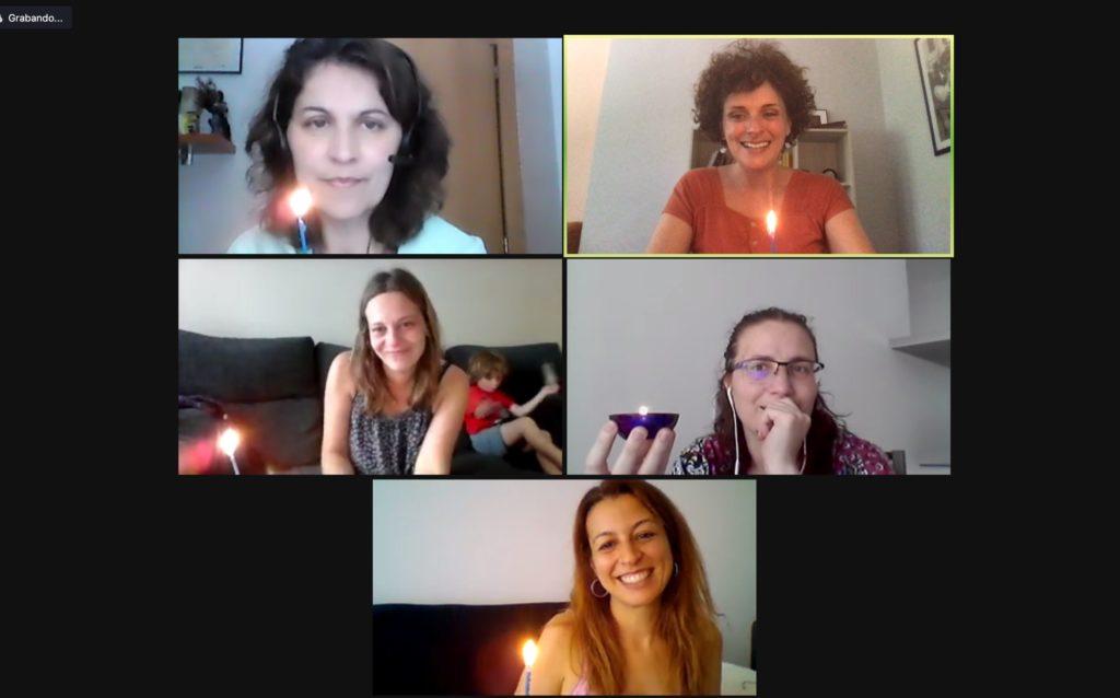 Algunas madres del grupo virtual